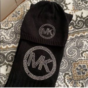 Michael Kors marching scarf/hat/gloves